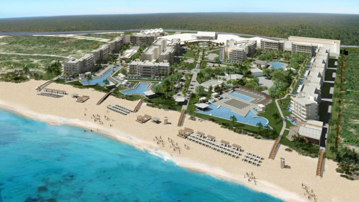 Planet Hollywood Returns to Cabo!