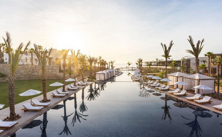 Los Cabos Gets 11 Hotels into Star Awards