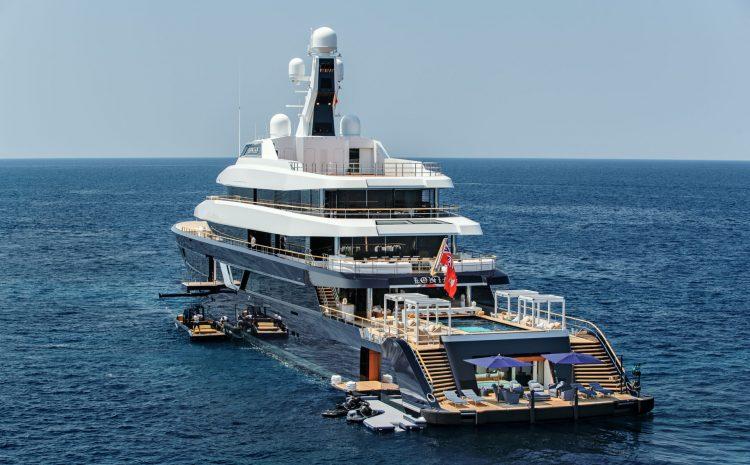 Cabo Bay Welcomes Three Mega-Yachts