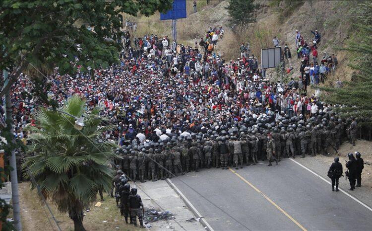 Mexico Extends Border Closures