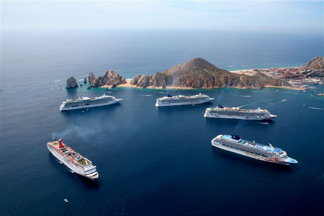 Forty Cruise Ships in Cabo Bay!